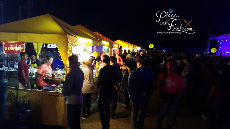 singha hot air balloon fiesta night stalls