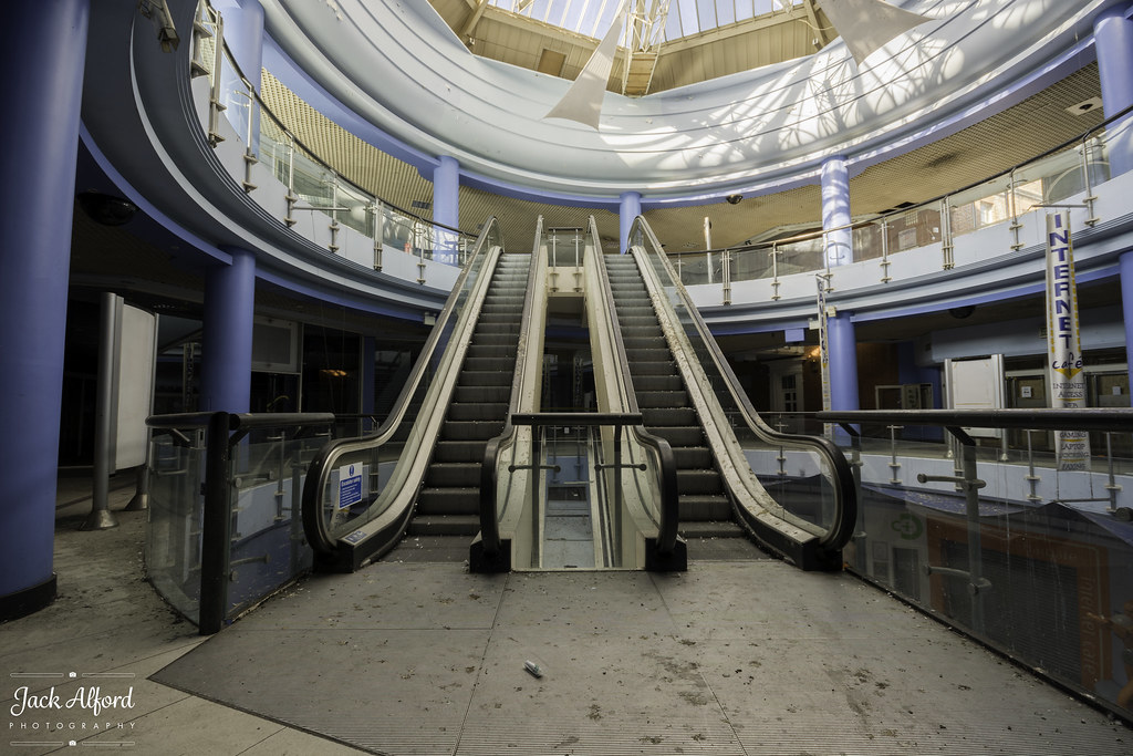 Bargate Shopping Centre Southampton February 2016