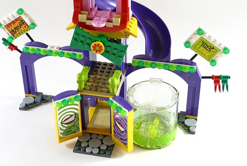 LEGO DC Superheroes 76035 Jokerland 56