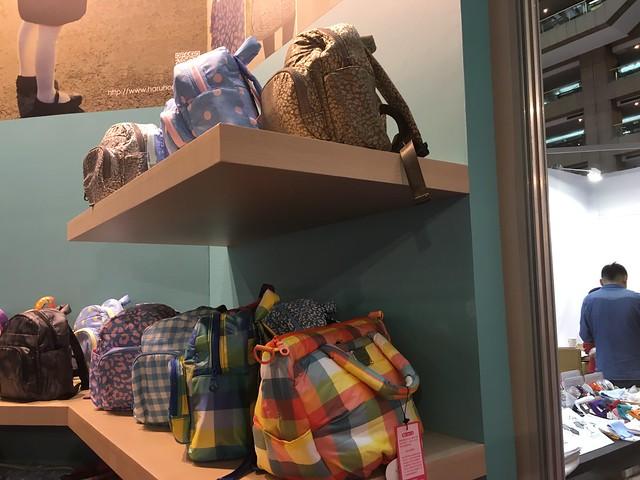 路過HARU小晴天本舖好想買童背包@2016台北國際嬰兒與孕媽咪用品展