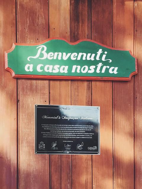 Praça das Etnias, Gramado - RS {agosto 2015}