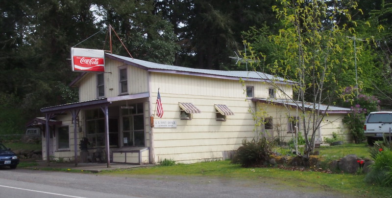 La Grande Post Office (98348) and General Store