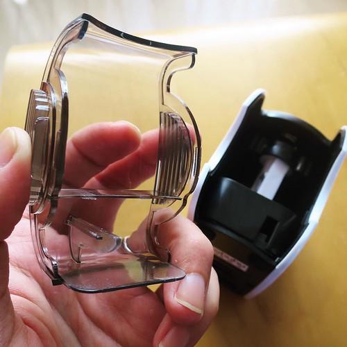 削りかすを捨てる時は、カバーをカポッと外します。