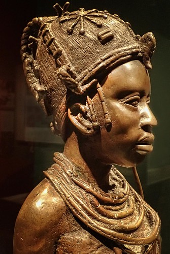 africa portrait sculpture woman statue female bronze washingtondc smithsonian profile nigeria nationalmuseumofafricanart mharrsch idealbeninwoman osaizeomodamwen