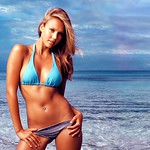 Top 10 Hollywood sexiest actresses