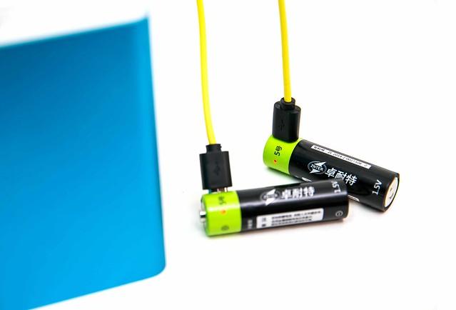 [小物] AA 三號電池相容的 1.5V 鋰電池,MicroUSB 直接充電 @3C 達人廖阿輝