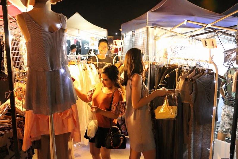 talad rod fai market 3 fashion