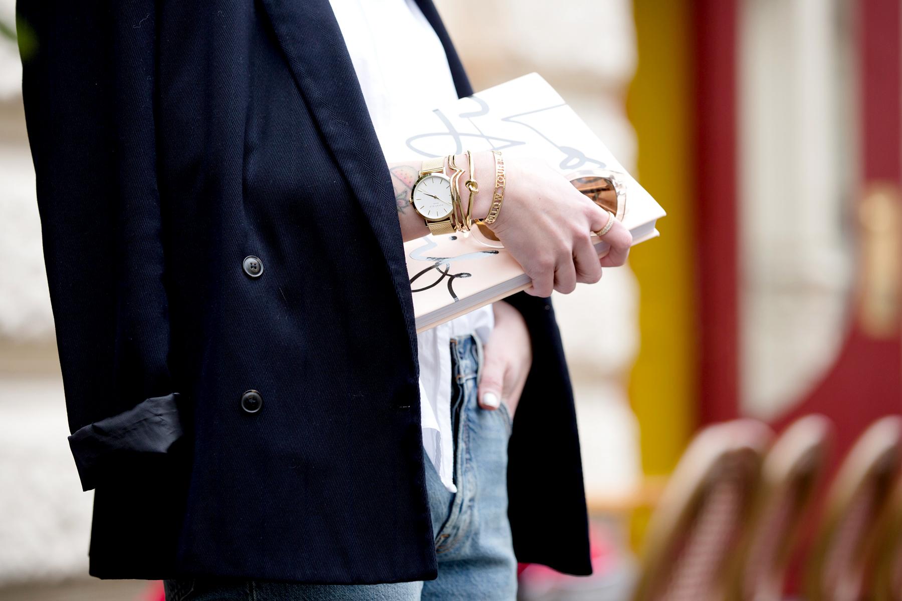 black blazer levi's 501 denim jeans nude pumps garance dore book parisienne french style blogger fashionblogger ootd outfit bangs brunette paris cute girl cats & dogs fashionblog ricarda schernus shopbop sale 2