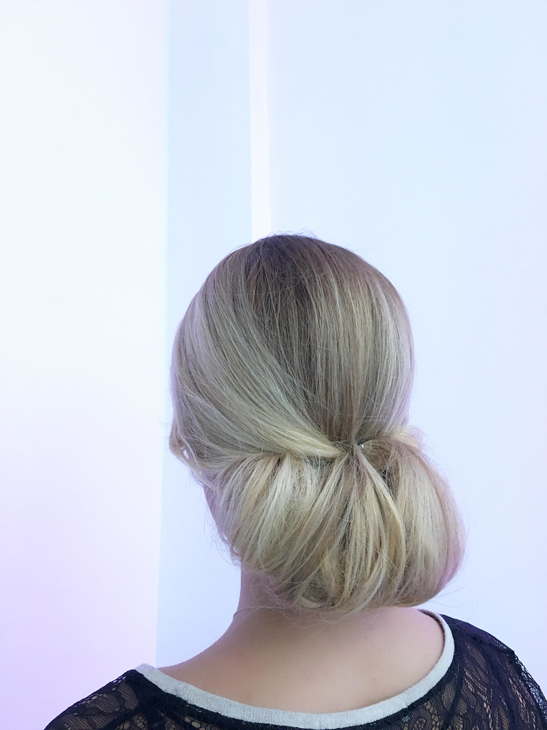 Hairstyles for Summer Wedding : The Sleek City Wedding Summer Bride | Fab Mood