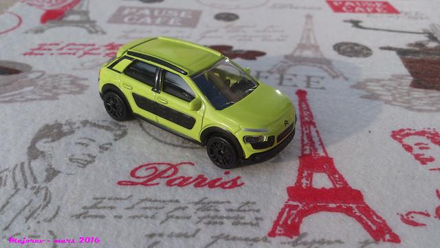 N°245C - Citroën C4 Cactus 25736754680_d0e2df501b_z