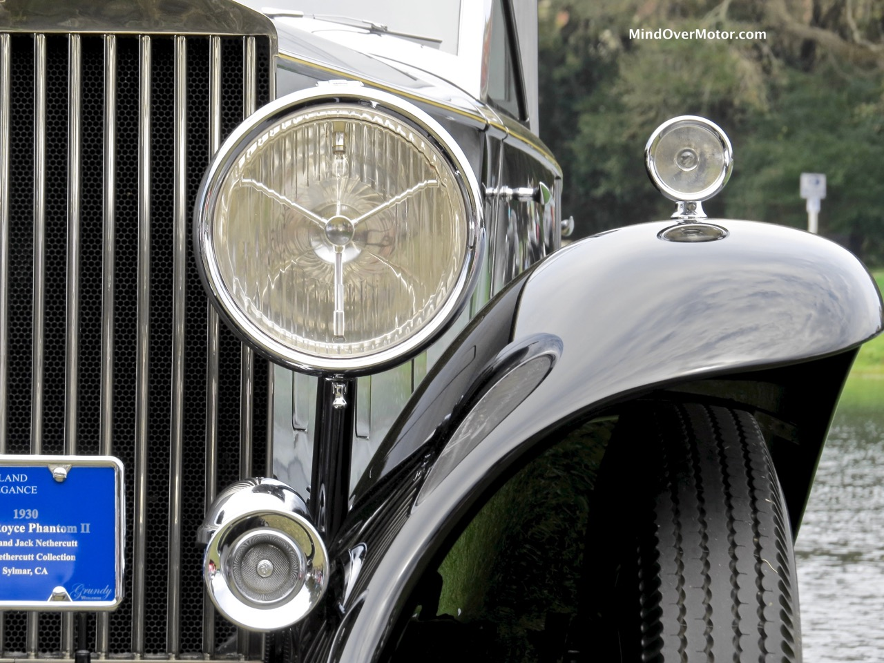 1930 Rolls-Royce Phantom II Lights