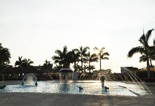Patty Villegas - The Lifestyle Wanderer - Aquaria Water Park - Calatagan, Batangas -18