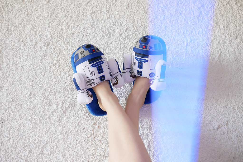 star-wars-may-fourth-light-sabre-r2d2-pjs-6