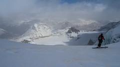 Widok z przełeczy Bella Vista na  Munt Pers 3207m, Isla Persa, Diavolezza i lodowiec Pers.