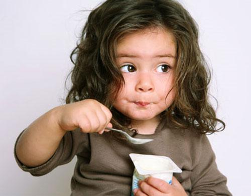 """Giúp con tăng cân vù vù với 8 loại thực phẩm """"vàng"""""""
