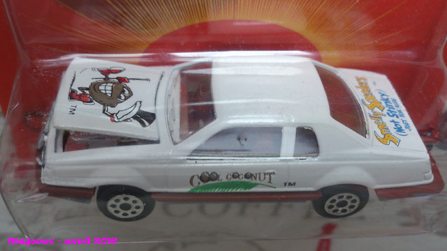 N°217 - Ford Thunderbird  26499769912_95e33e763c_z