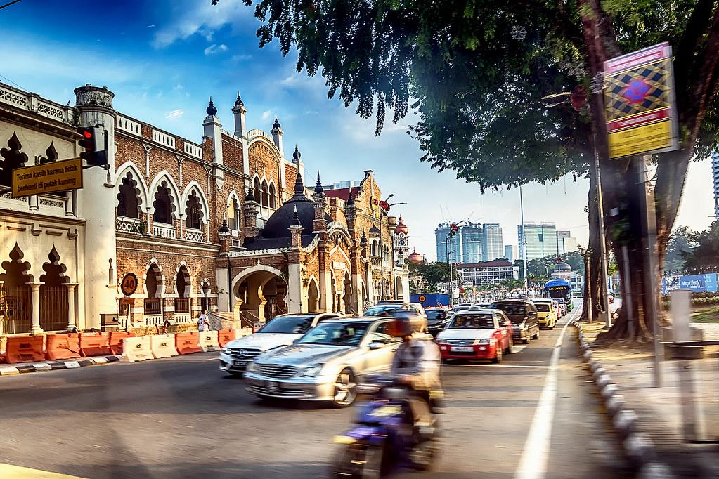 Быстро-быстро в Куала Лумпур. Вечер жаркого дня.