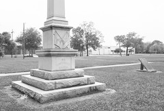 "Monument to ""Our Confederate Soldiers"", Wiess Park, Beaumont, Texas 1604281403bw"