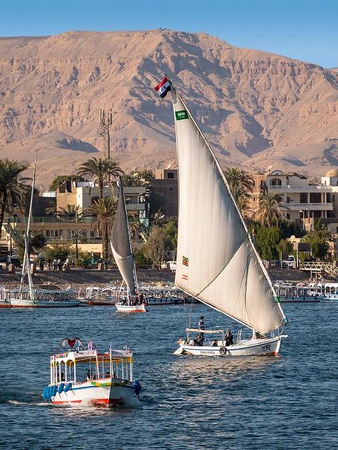 Nil bei Luxor, Boote