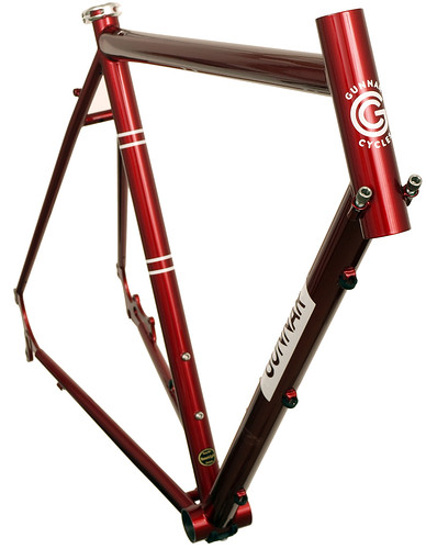 gunnar fastlane in candy red front view