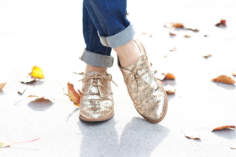 03seychelles-gold-glitter-oxfords-shoes-sf-style-fashion