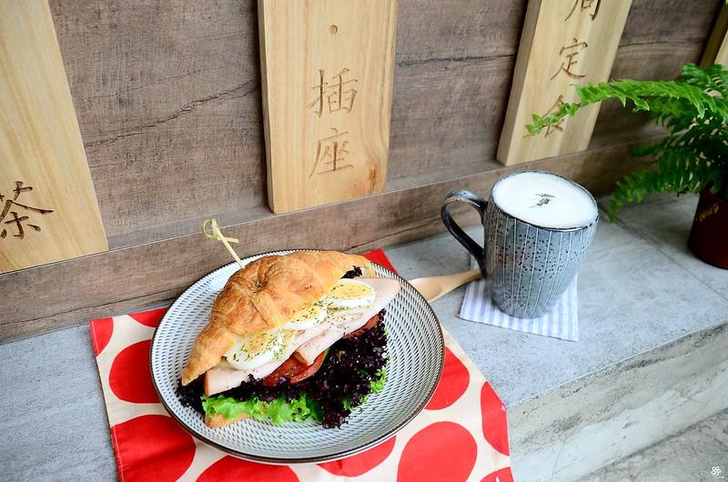 小空間板橋早午餐咖啡廳不限時推薦小倉庫菜單時間新埔 (36)