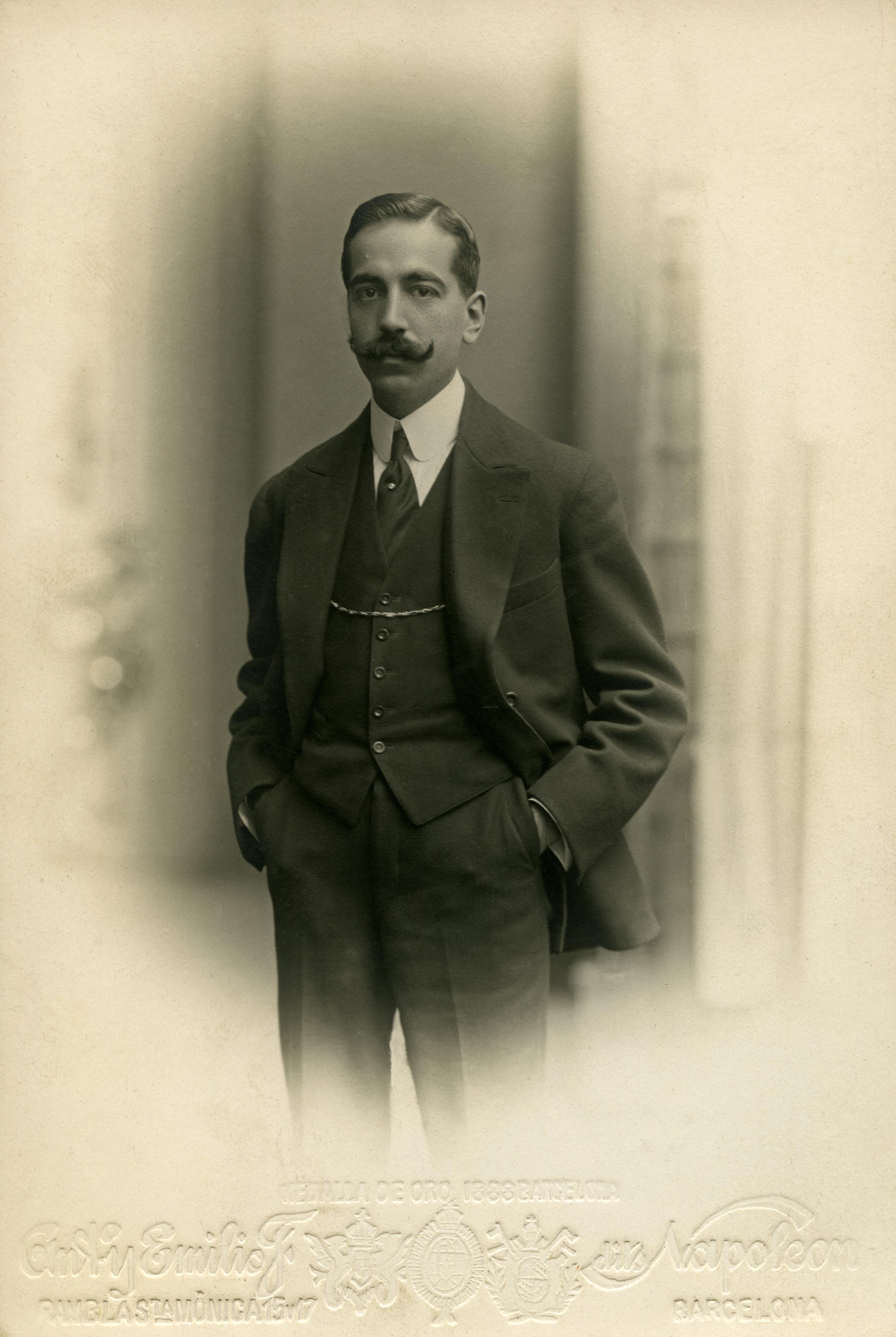 Retrato de Serafín Mainou Sanmiguel hacia 1910