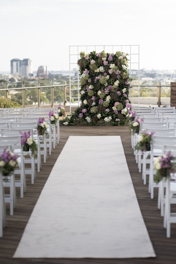 #Lilac and greenery wedding backdrop for glamour Wedding ceremony in Melbourne | Photo by Blumenthal Photography. | I take you - UK wedding blog #weddingceremony