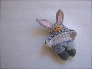 Scrappy BUNNY: Gray Herring - tan
