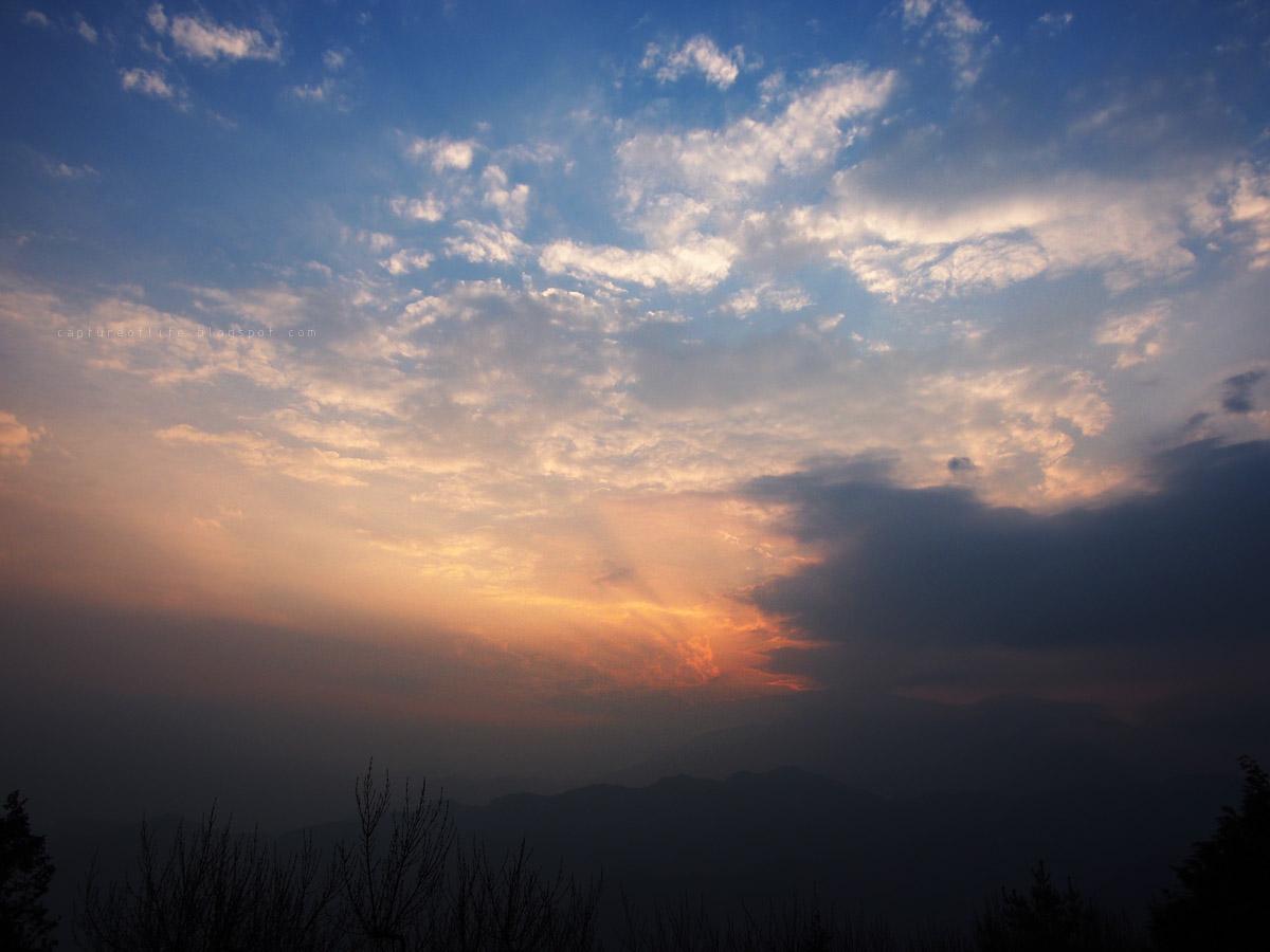 阿里山小笠原山觀景台的日出
