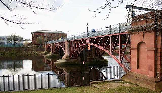 Glasgow Tidal Weir and Pipe Bridge