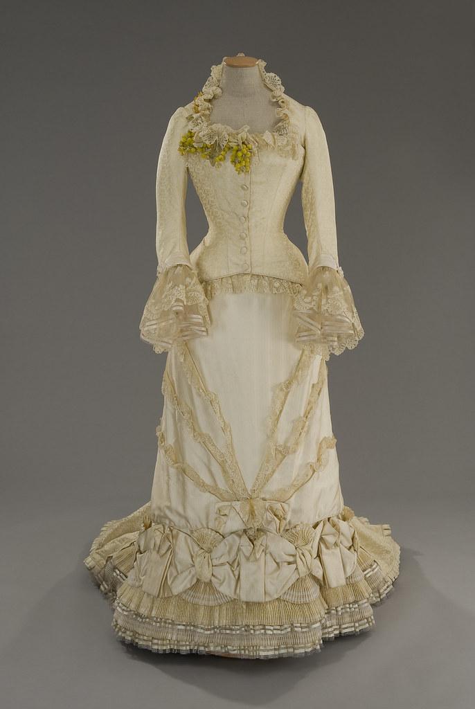 Anna Karenine, robe blanche par Tirelli Costumi