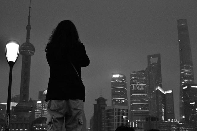 散策 [上海/外灘] : Nikon D3300 + AF-S DX NIKKOR 35mm f/1.8G