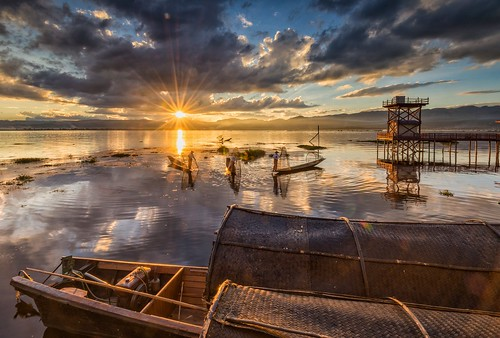 sunset lake nature landscape nikon fishermen myanmar inlelake waterscape d610 landscapephotography naturelandscape sunsetlandscape