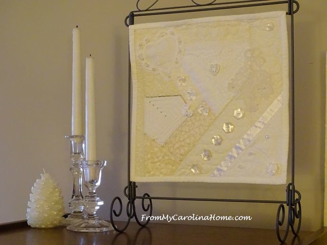 White mini quilt