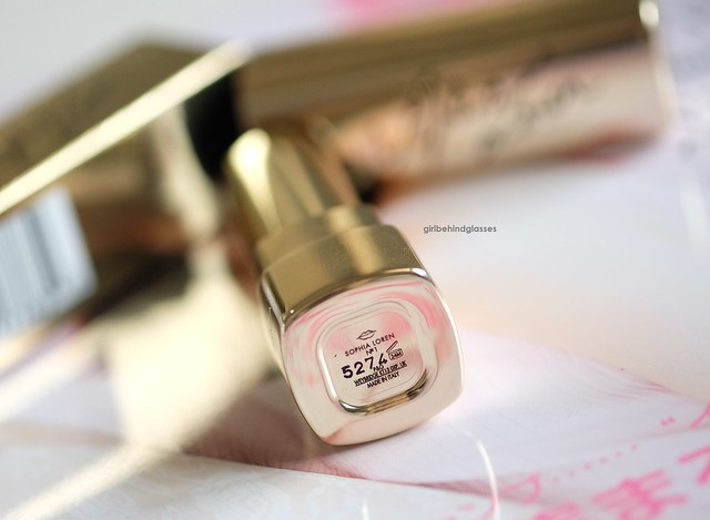 Dolce & Gabbana Sophia Loren N1 lipstick4