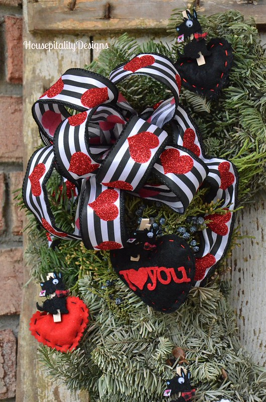 Valentine's Day Wreath 2016 - Housepitality Designs