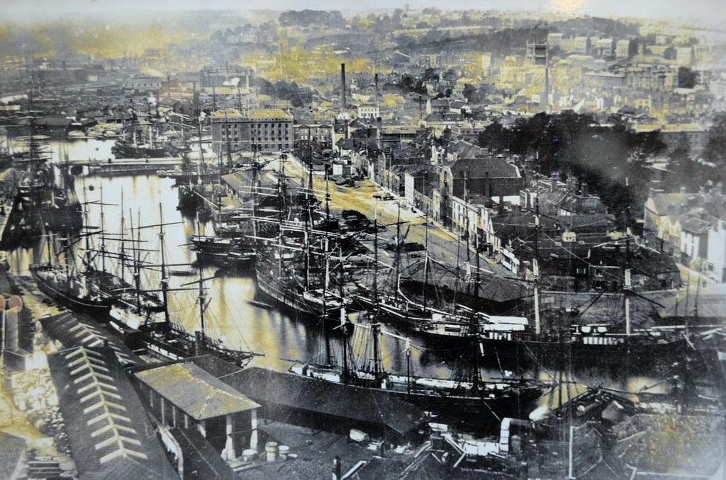 > Une vue aérienne sur le port datant de la fin du 19e siècle, début 20e.