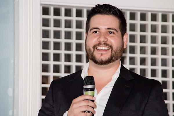 ngel Salazar, CEO de, Canon EOS REBEL T3, Sigma 18-200mm f/3.5-6.3 DC OS