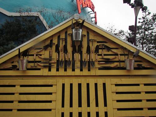 garden shed shop stalls