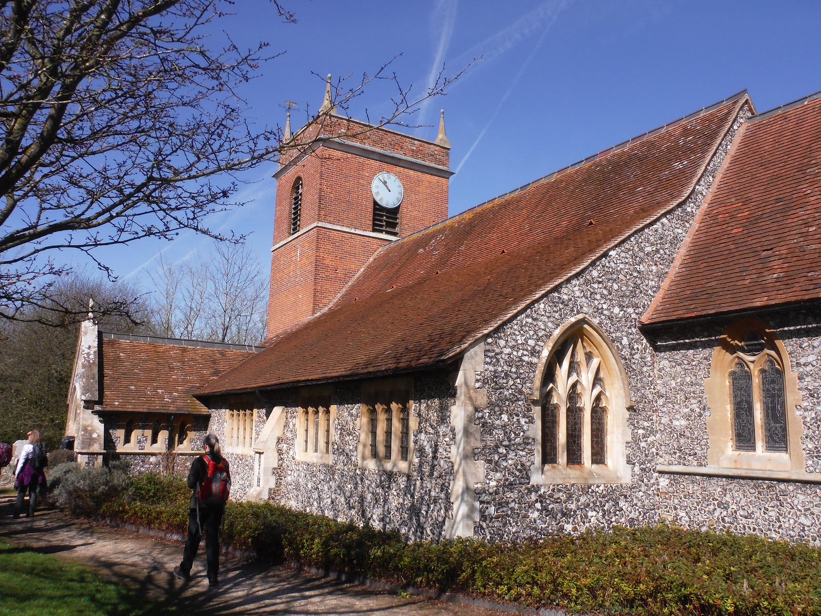 St. Mary's, Beenham Valence SWC Walk 260 Aldermaston to Woolhampton [Midgham Station] (via Frilsham)