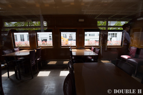 Kyoto Railway Museum (11) promenade / interior of Sushi28-301