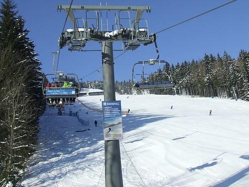Zalyžujte si ve skiareálu HERLÍKOVICE-BUBÁKOV s 24% slevou v zimní sezóně 2015/2016