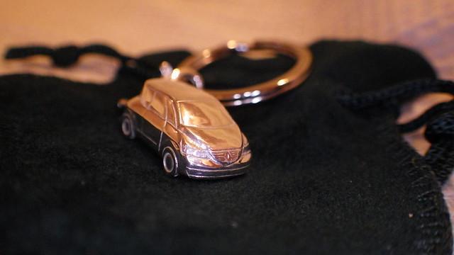 Renault Avantime Silver Keyring_RIMG0234