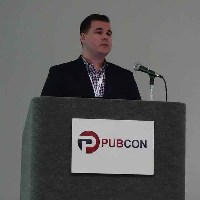 Kyle Olson (@BecauseSEO) on advanced linkbuilding - Content placement -  #PubconSFIMA #twitter