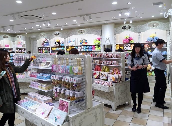 4 日本東京購物原宿白色迪士尼Disney Store