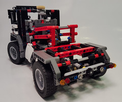 Lego Technic 9395 B model with small colour changes