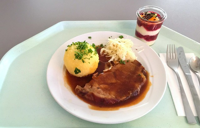 Pork roast in dark beer sauce with potato dumpling & cole slaw / Schweinebraten in Dunkelbiersauce mit Kartoffelknödel & Krautsalat