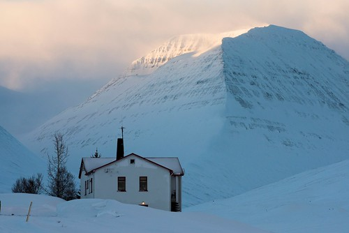 winter white house mountain snow cold landscape iceland nikon daniel d750 desolate bosma