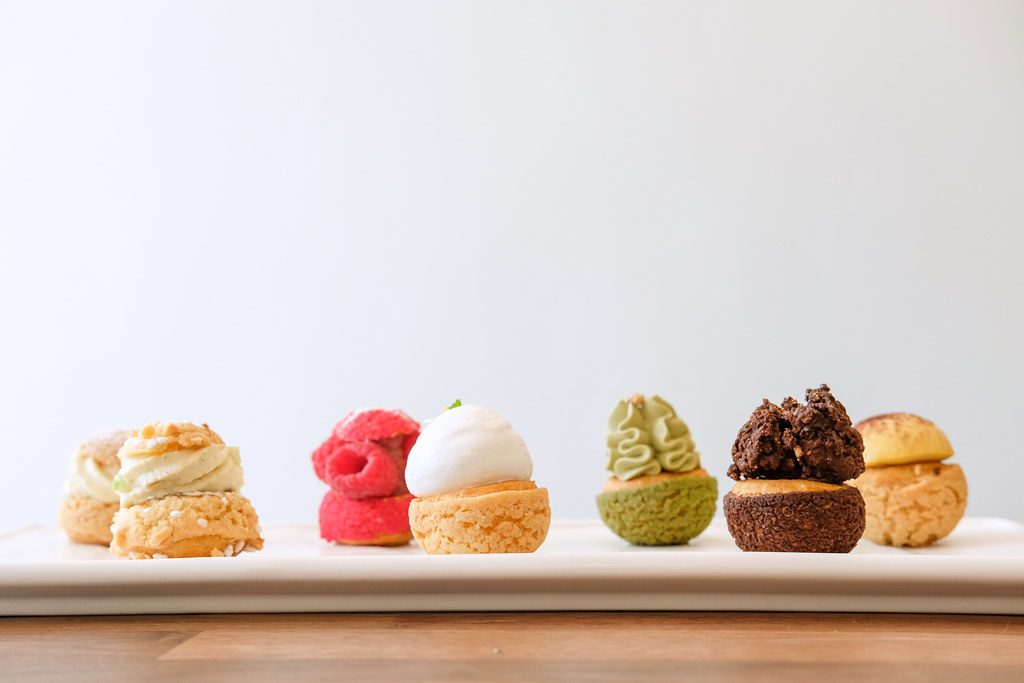 Food Guide to Jalan Besar & Lavender: Ollella's – vanilla, apple cinnamon, raspberry, lemon meringue, matcha azuki, dark chocolate and tiramisu choux